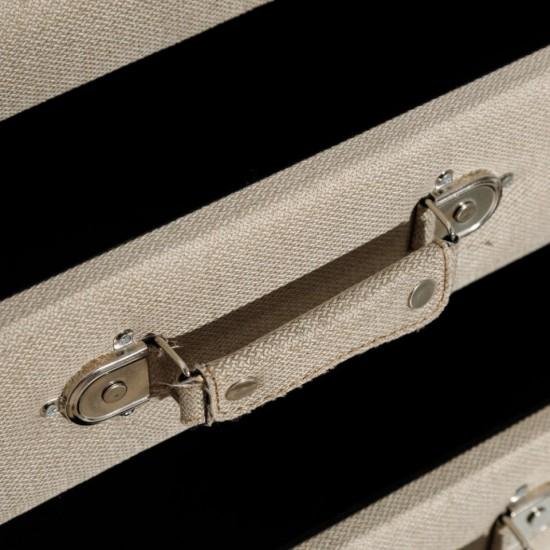 Noptiera grejtapitata, picioare lemn, 2 sertare, Carisa, 151225